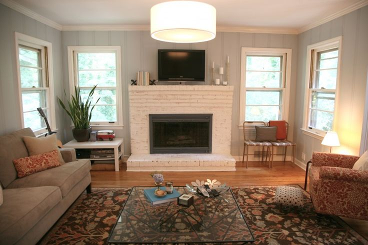 painted fireplace.  Love!: Brick Fireplaces, Wall Color, Fireplace Redo, Living Room, White Fireplace, Family Rooms, Painted Fireplace, Fireplace Makeovers