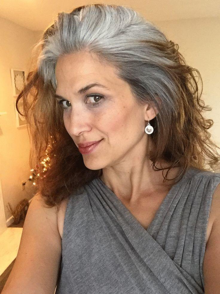 Graue Haare #Graue #Haare in 2020 | Lange graue haare