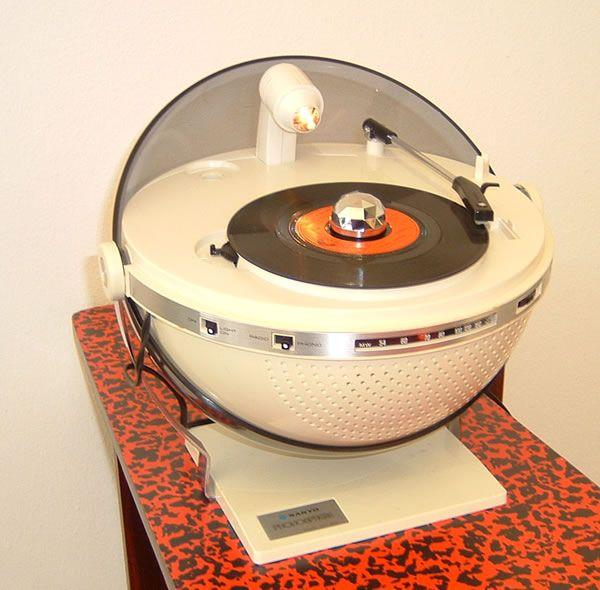 Sanyo Phonosphere record player/disco ball/radio.