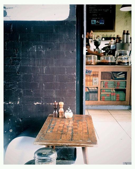 Ampersand Café Bookstore   Sydney