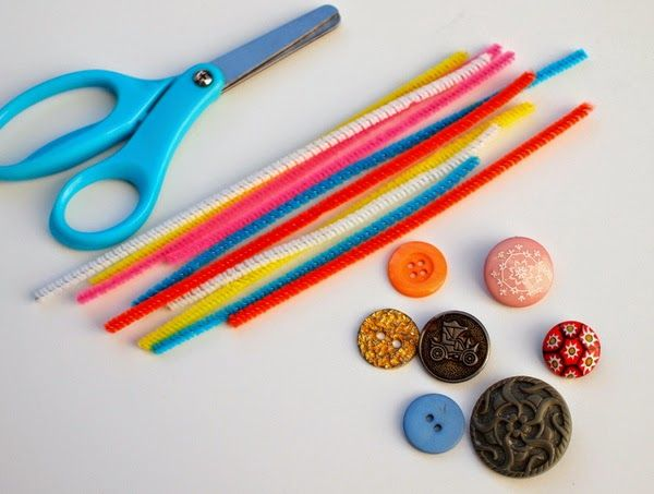 materials needed to make button ring craft