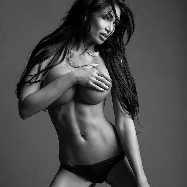 #photooftheday #luxury #photo #shooting #georgeous #blackandwhite #pic #model #black #hair #long #legs #slim #figure #body #beauty #photograph #RadimKorinek #like4like #beautiful #feelings  Hezky vikend have a nice weekend
