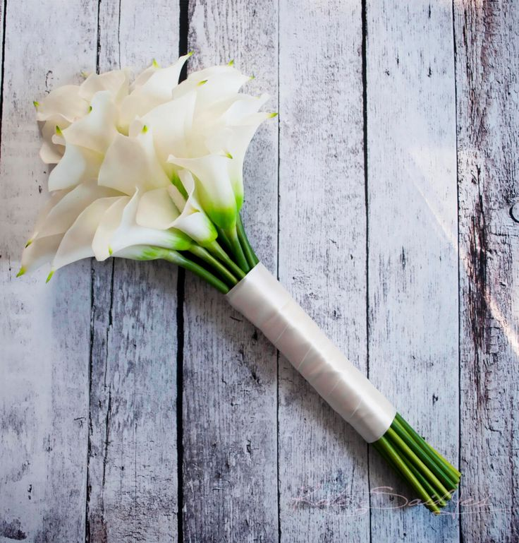 Ivory Calla Lily Real Touch Long Stem Wedding Bouquet