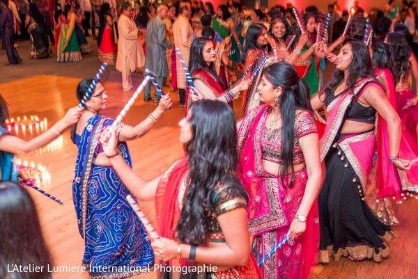 Ladies garba dance. http://www.maharaniweddings.com/gallery/photo/107484