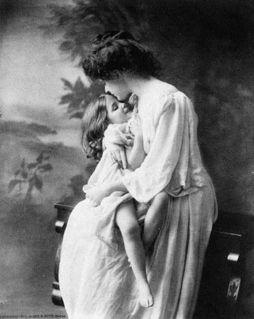 A photograph that so beautifully captures the love of a mom.