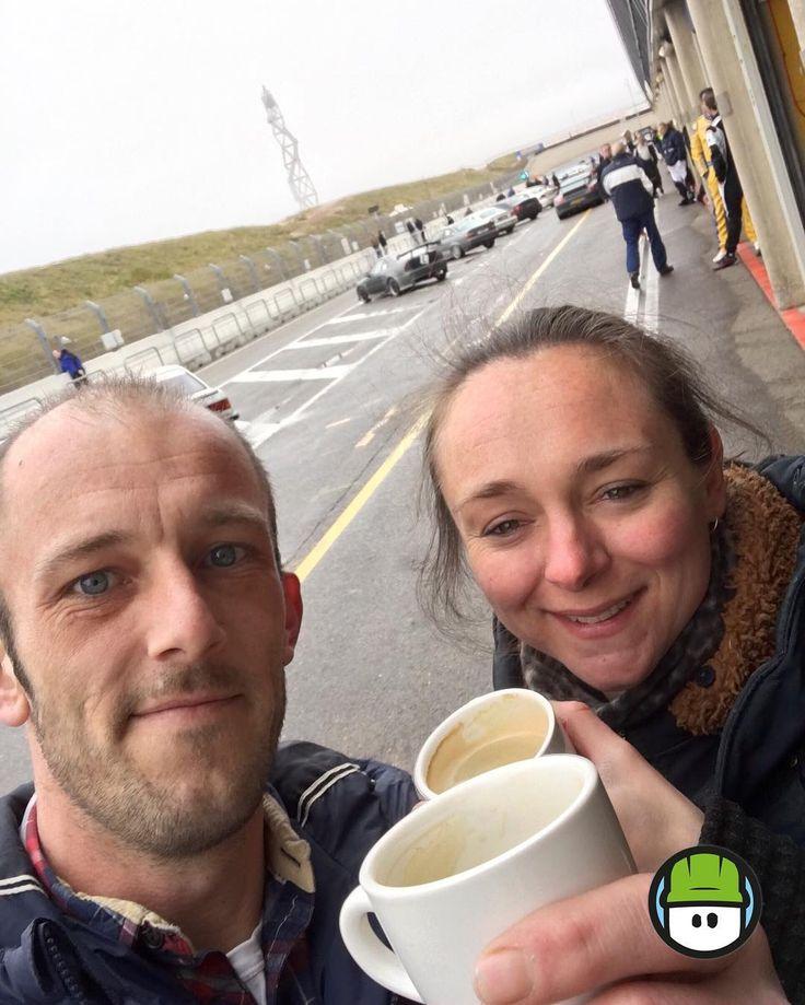 Onze #kantine voor vandaag... #koffie #lekkerbezig @circuitparkzandvoort  #pitspoezen #MindMade #reclame