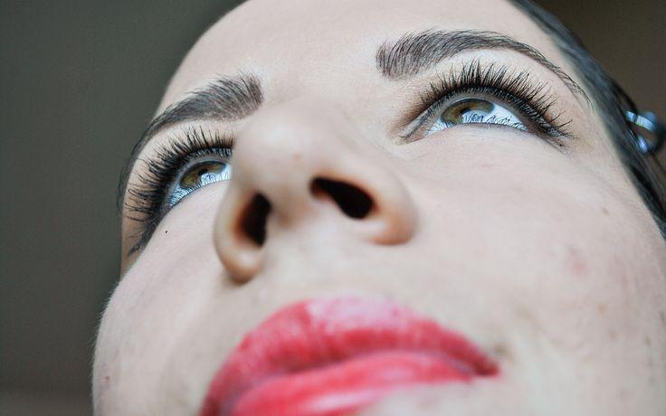 How to Do Pin‐up or Rockabilly Makeup