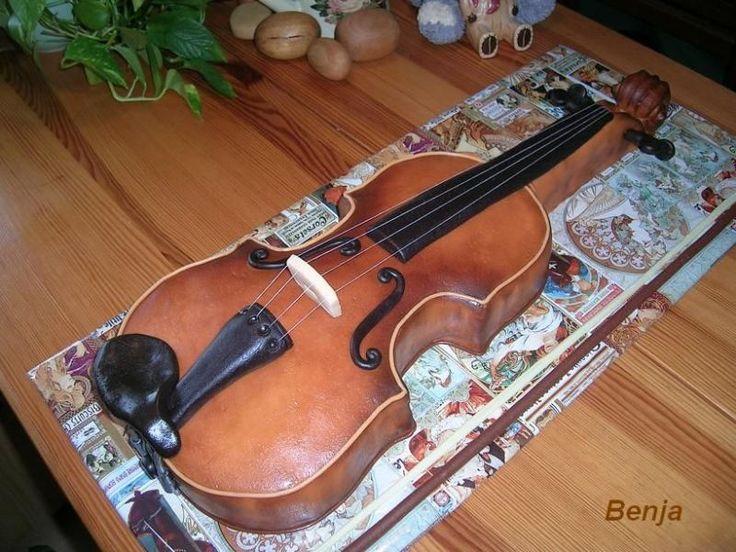 Violin cake violin pinterest cakes violin and for Violin decorating ideas