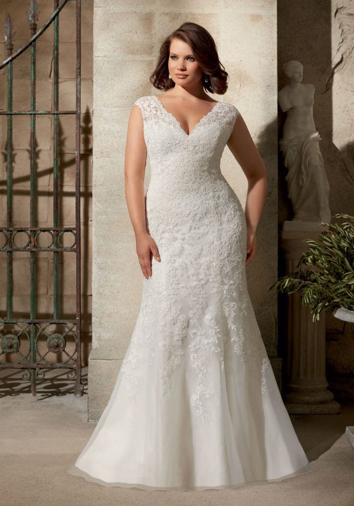 Venice Lace Liques On Soft Net Plus Size Wedding Dress Colors Available White And