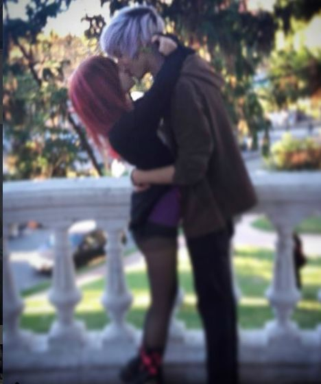Cute emo couple *-* Instagram: @agustin_frost