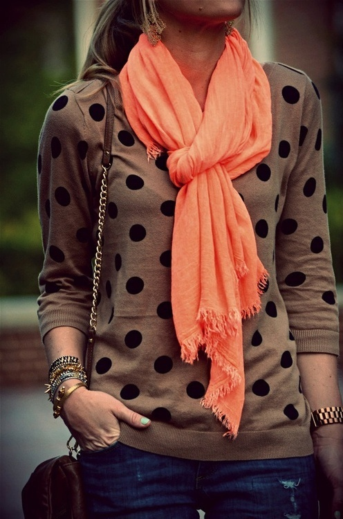 I love the neutral printed sweater with the bright, plain scarf.