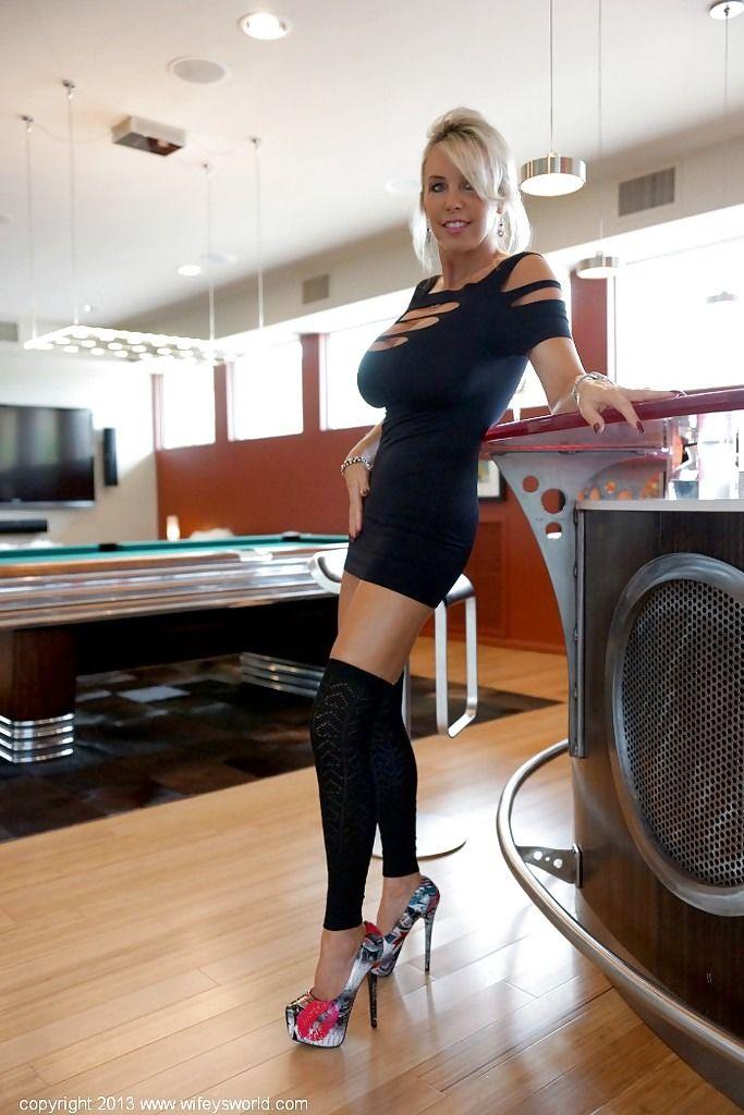 Sandra Otterson (aka Wifey) Coll. : Photo | Amiga Franc ...