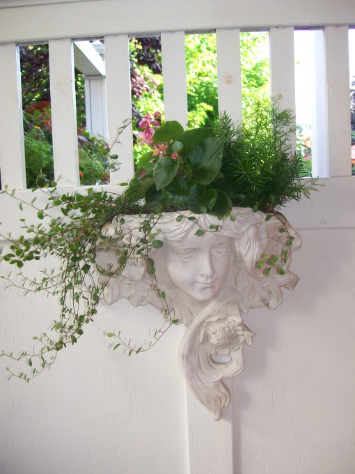 Face Planter Idea To See How We Use Them In The Gardens
