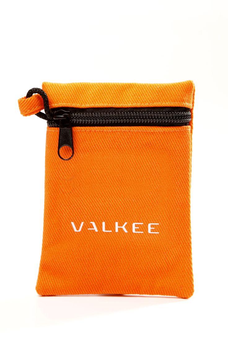 Accessory for Valkee 2 - La Gringa bag in orange.