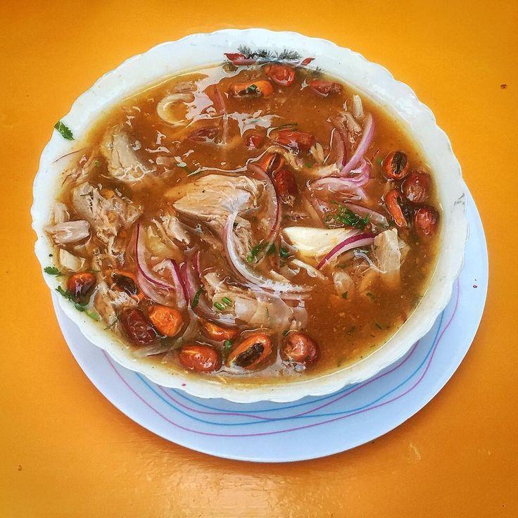 It's oficial. Im addicted to this thing! 😄 Three days, four encebollados and I didn't say the last word yet! 😅 #encebollado #ecuador #ekwador #podroznik #podróżnik #podroz #podróże #podróż #kontynenty #włóczykij #światjestpiękny #foodstagram #foodtrip #foodoftheday #comidatipica #comidaecuatoriana #cuenca #jedzenie #zupa