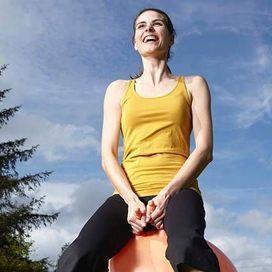 Potenziare i muscoli addominali G.A.G: gli esercizi da casa - Prova costume   Donna Moderna