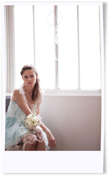 Caroline coté jade Robe de mariée , robe de cérémonie , robe mariage civil , robe mariage laïque , robe mariage religieux , robe tulle brodé , robe dentelle , Louise Valentine , demoiselle d'honneur , robe de couleur .