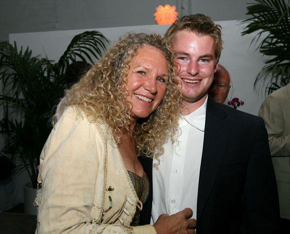 Christy Walton Richest Women | christy walton 56 is the widow of john t walton one of the sons of ...