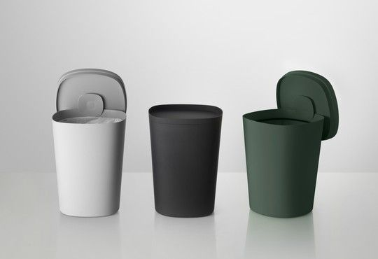 Muuto | trash can by Mika Tolvanen.