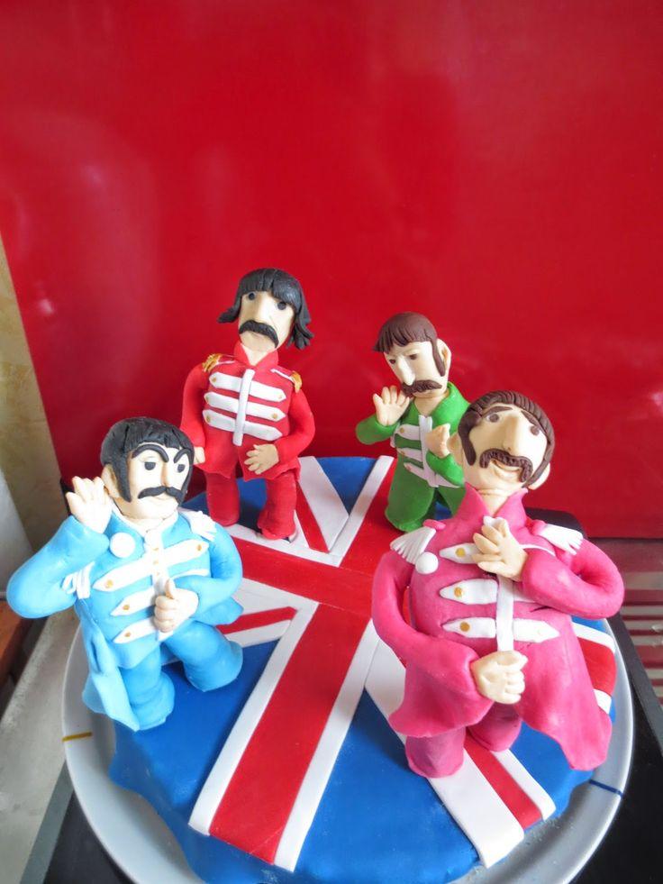 """Gâteau d'anniversaire """"l'Angleterre et les Beatles""""."""