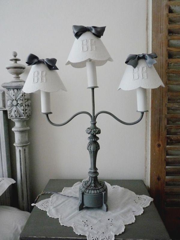 Lampe ancienne + 3 abat-jours - lampe de table - La souris grise - Fait Maison