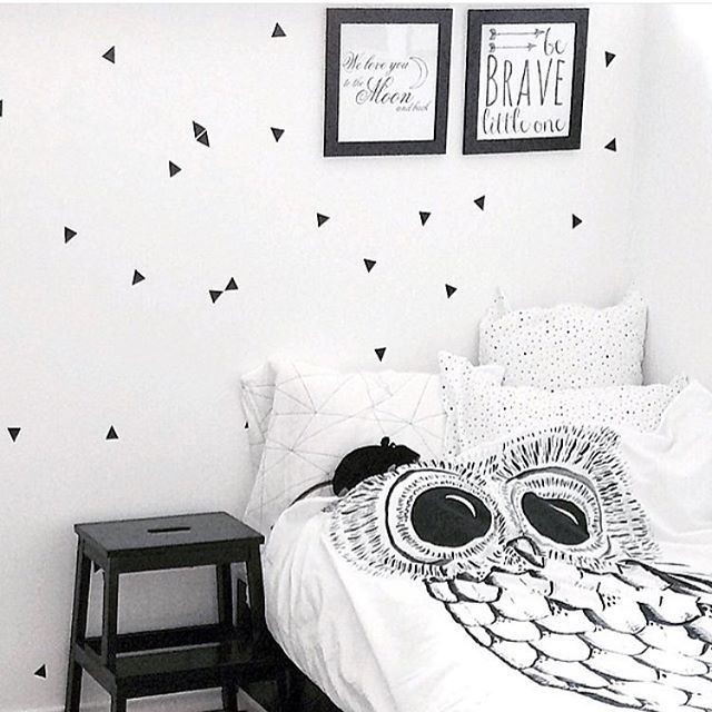 @lovescandinavian is an expert in black and white styling! We can attest that wicked owl feels great in this super cute setting. #wickedowl #geometricweb