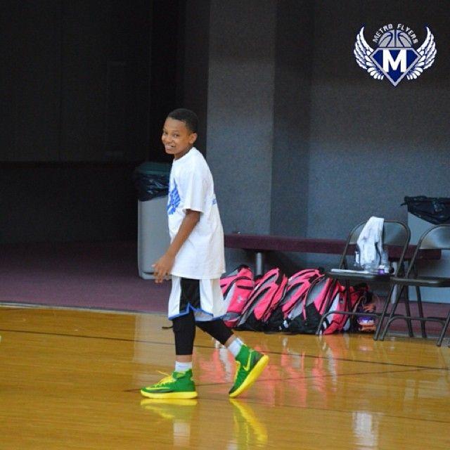 Always Keep A Smile On Your Face.                                       #ballislife #basketballneverstops #basketball #gabe3x #nodaysoff #dontbegoodbegreat #follow4follow #godknows #stayhungry #youngestdoinit #teamoutwork #striveforgreatness #MetroFam #metroflyers  (at Memphis, TN - AAU Nationals)