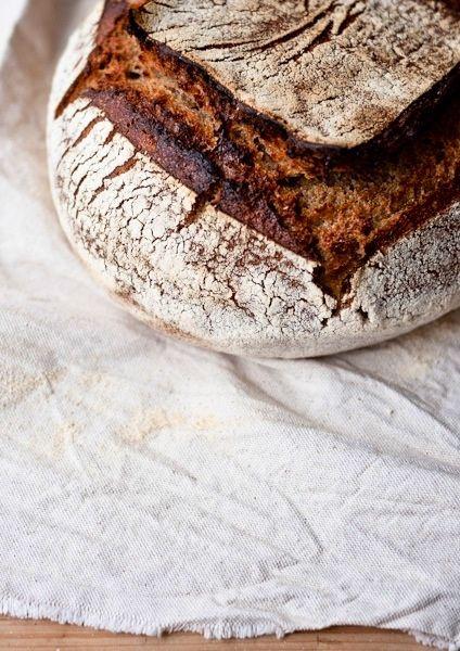 Pumpkin seed and dinkel bread