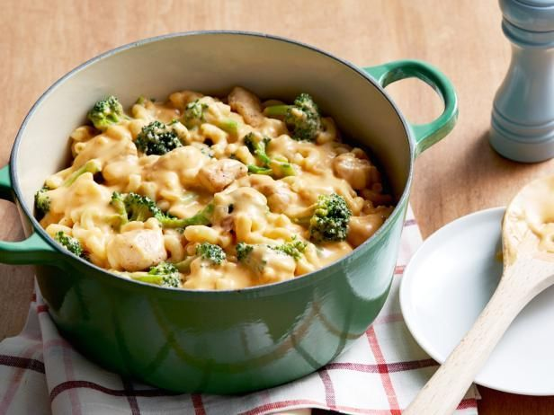 Mac and Cheddar Cheese with Chicken and Broccoli Recipe | Rachael Ray | Food Network