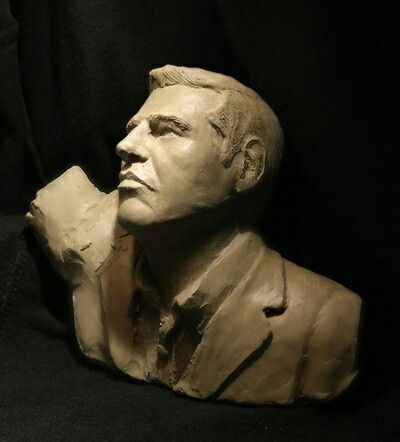 manosroussis.weebly.com #tsipras #hellenic #politic #greek #Greece #money #crisis #sculpture #brown #manos #Roussis #2015