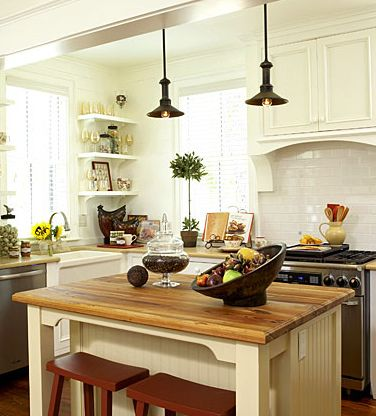 BEAUTIFUL white cupboards and vintage style kitchen