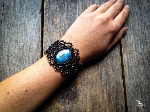 Boho chic Macrame bracelet with big labradorite by MariposaMacrame