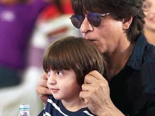Shah Rukh Khan, AbRam play games on the set of Aanand L Rai's next