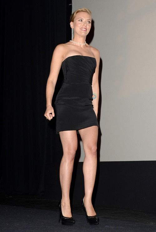 Scarlett Johansson – Little Black Dress Hottie | Skinny VS Curvy ...