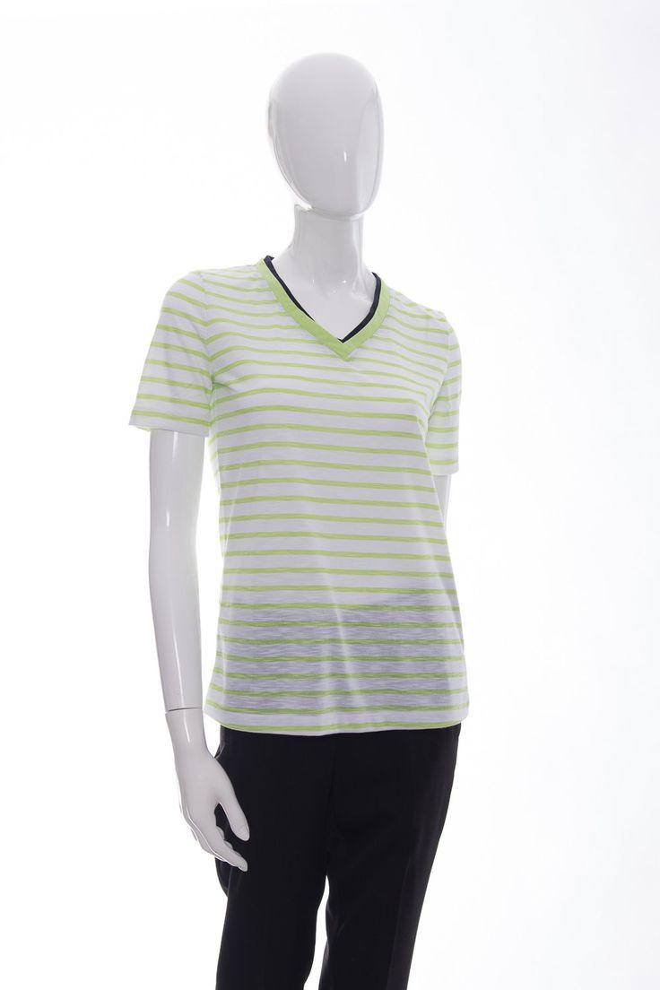 NOUVEAUTÉ : T-Shirt Vert (ORL.... Disponible en magasin et en ligne : http://www.boutiqueoption.com/products/t-shirt-vert-orly-32516?utm_campaign=social_autopilot&utm_source=pin&utm_medium=pin