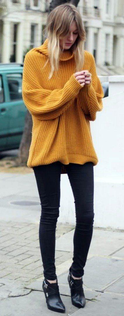 Yellow oversized sweater + skinny jeans + heels | Spring look