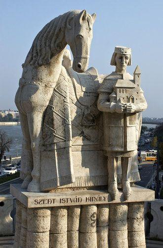Statue of king Ishtvav in Budapest