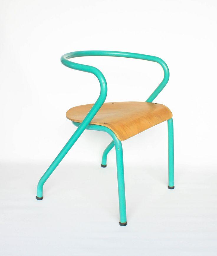 les 25 meilleures images du tableau jacques hitier sur pinterest fauteuils chaises et chaise. Black Bedroom Furniture Sets. Home Design Ideas