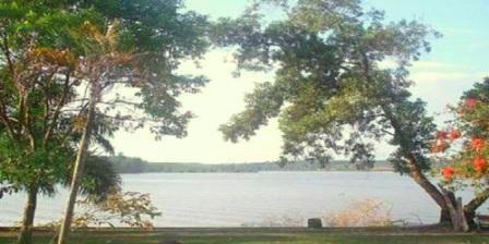 Danau Kayangan Lembah Sari, Tempat Tujuan Wisata Favorit di Pekanbaru Riau