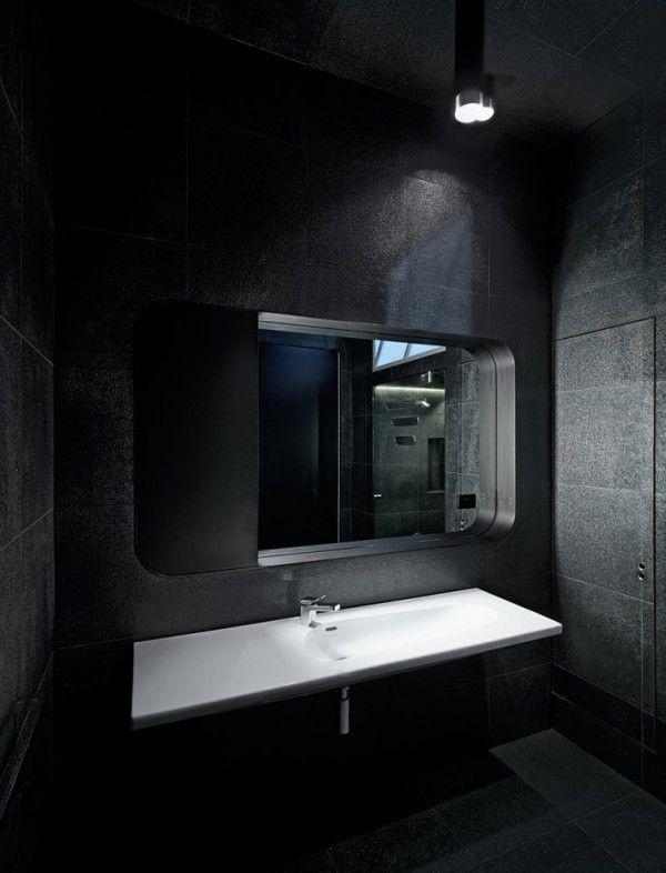 Ein Luxusgefühl Herrscht Im Schwarzen Badezimmer Design #Traumhaft # Badezimmer ...