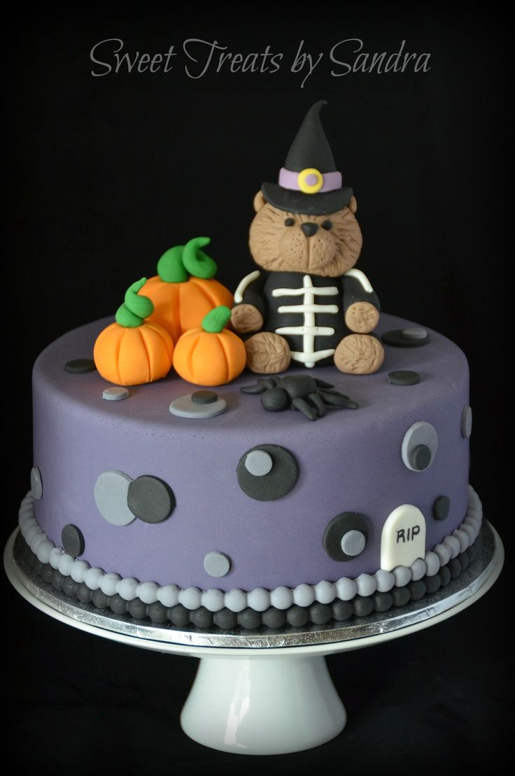 17 best images about torty on pinterest cute halloween Cute easy halloween cakes