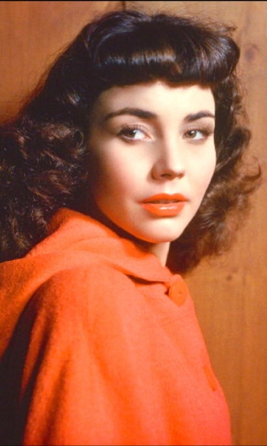 Jennifer Jones won the Academy Award for Best Actress for her performance in the 1943 The Song of Bernadette.