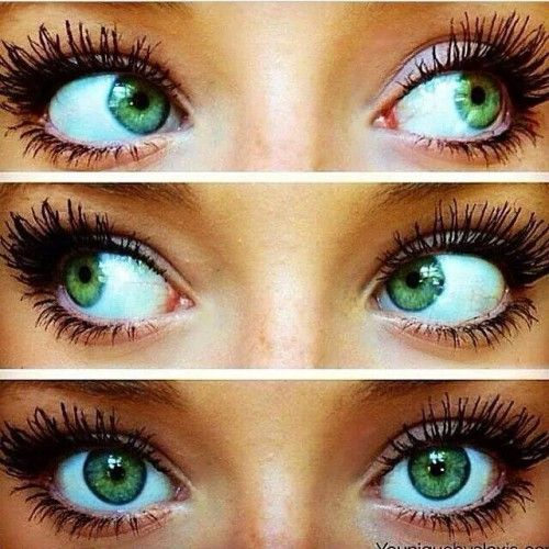 I cant get those beautiful green eyes, but I can get lashes like her. So can you! Www.miraclemakeupmom.com