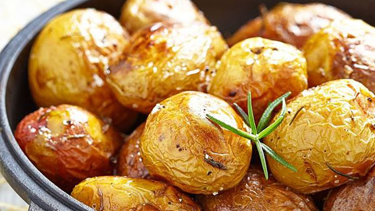 Easily Recreate Your Favorite Side Dish From Outback – Seriously, Their Baked Potatoes Are The Best!