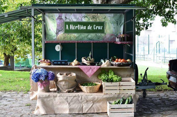 Diseño de lona para A Hortiña de Cruz No es el puesto más riquiño que habéis visto?   #diseñoGalicia #galiciaDiseño #Yeti #galiciaCalidade #galicia #diseño #comunicacion #love #vedra #santiagoDC #trabajoBienHecho #imagenCorporativa #instagood #happy #swag #design #graphicDesign #amazing #bestOfTheDay #art #creatividad #creative #huerta #eco #ecologico #verduras #frutas #lona