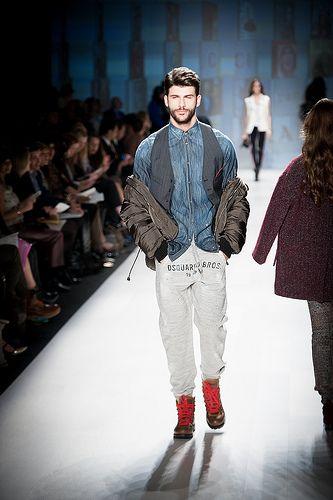 I like this  World MasterCard Fashion Week - Holt Renfrew - October 22, 2012 / http://www.dancamacho.com/world-mastercard-fashion-week-holt-renfrew-october-22-2012-104/