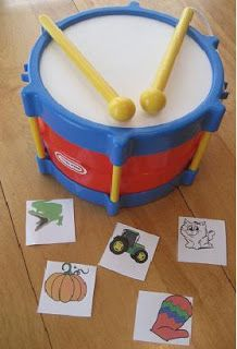 Beat the drum for every syllable in the picture