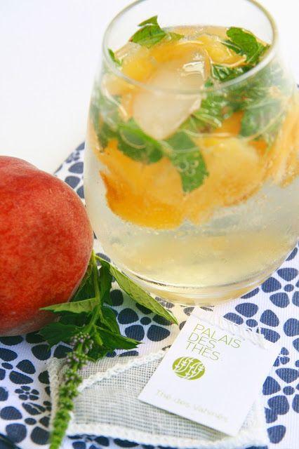 Limonade au thé des Vahinés - pêche et menthe fraîche sur http://unflodebonneschoses.blogspot.fr/2013/08/limonade-au-des-vahines-peche-menthe.html