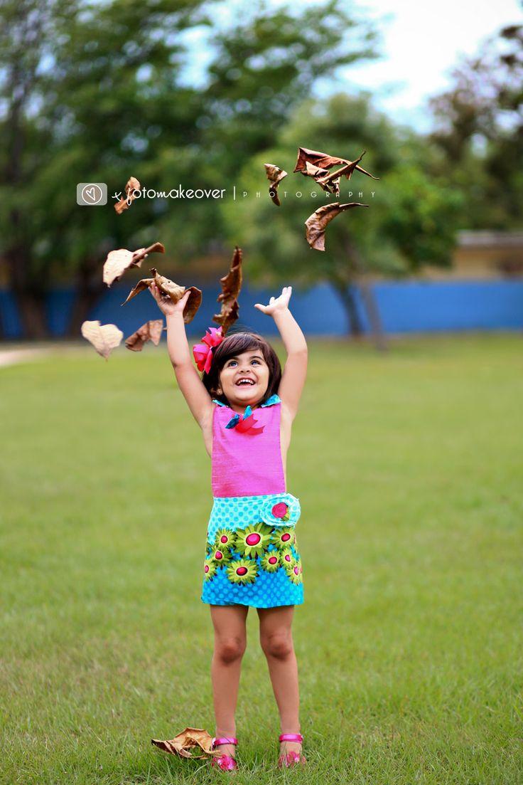 niña jugando San Juan, Puerto Rico FotoMakeover Photography