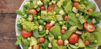 Portulak salat med ærtemos